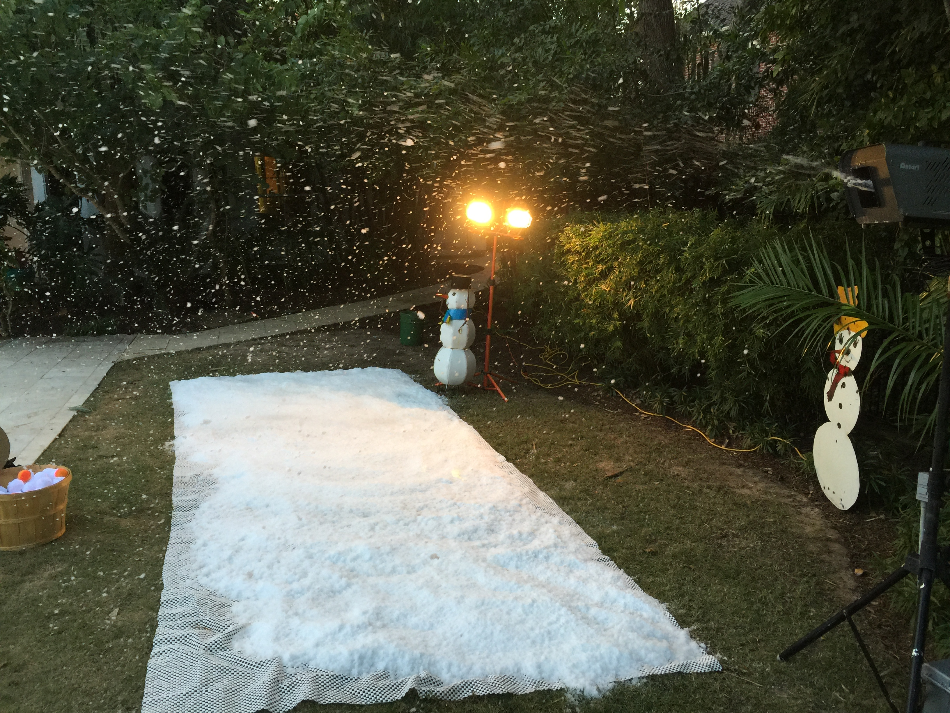 Entertainment fun parties occasions buy fake snow make